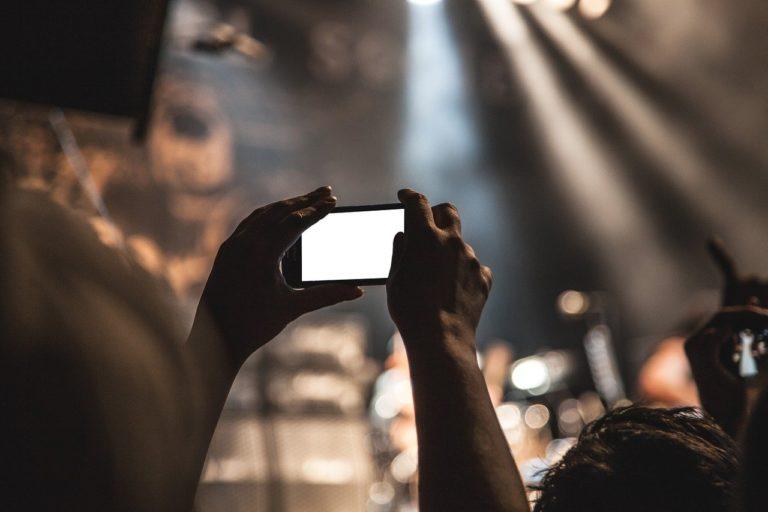 Reflex vs smartphone 2019